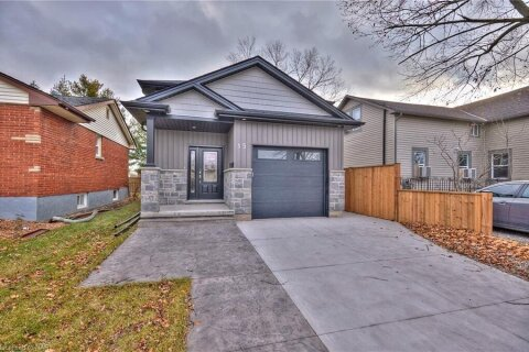 House for sale at 15 Classic Avenue Ave Welland Ontario - MLS: 40047725