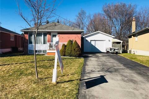 House for sale at 15 Corbett Cres Aurora Ontario - MLS: N4400138