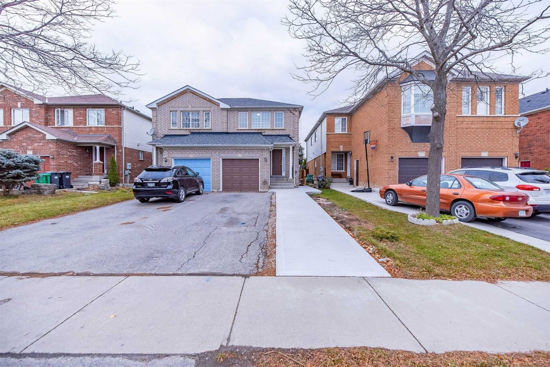 For Sale: 15 Cordgrass Crescent, Brampton, ON   3 Bed, 3 Bath Townhouse for $729900.00. See 40 photos!