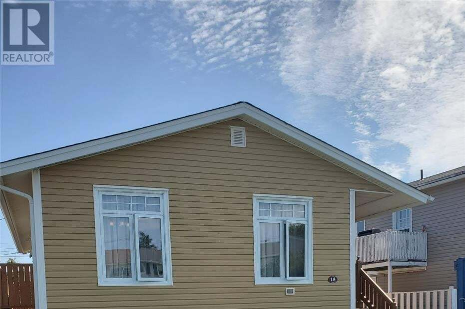 House for sale at 15 Crewe Pl Mount Pearl Newfoundland - MLS: 1220950