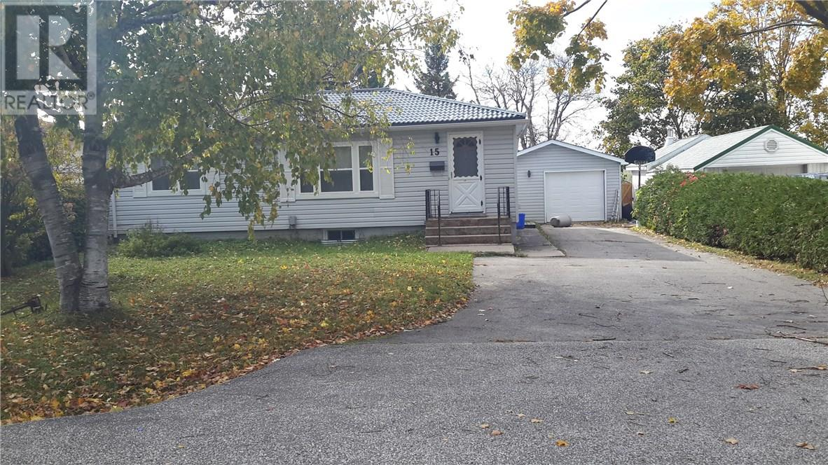 House for sale at 15 Derby Street Orillia Ontario - MLS: S4280465