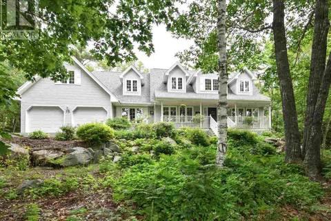 House for sale at 15 Devonport Ave Fall River Nova Scotia - MLS: 201911302