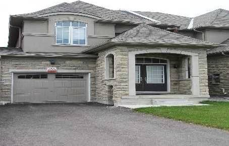 Townhouse for sale at 15 Gamble Glen Cres Richmond Hill Ontario - MLS: N4362403