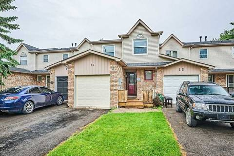 Townhouse for sale at 15 Hanning Ct Clarington Ontario - MLS: E4481473