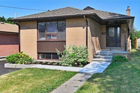 House for sale at 15 Harefield Dr Toronto Ontario - MLS: W4825474