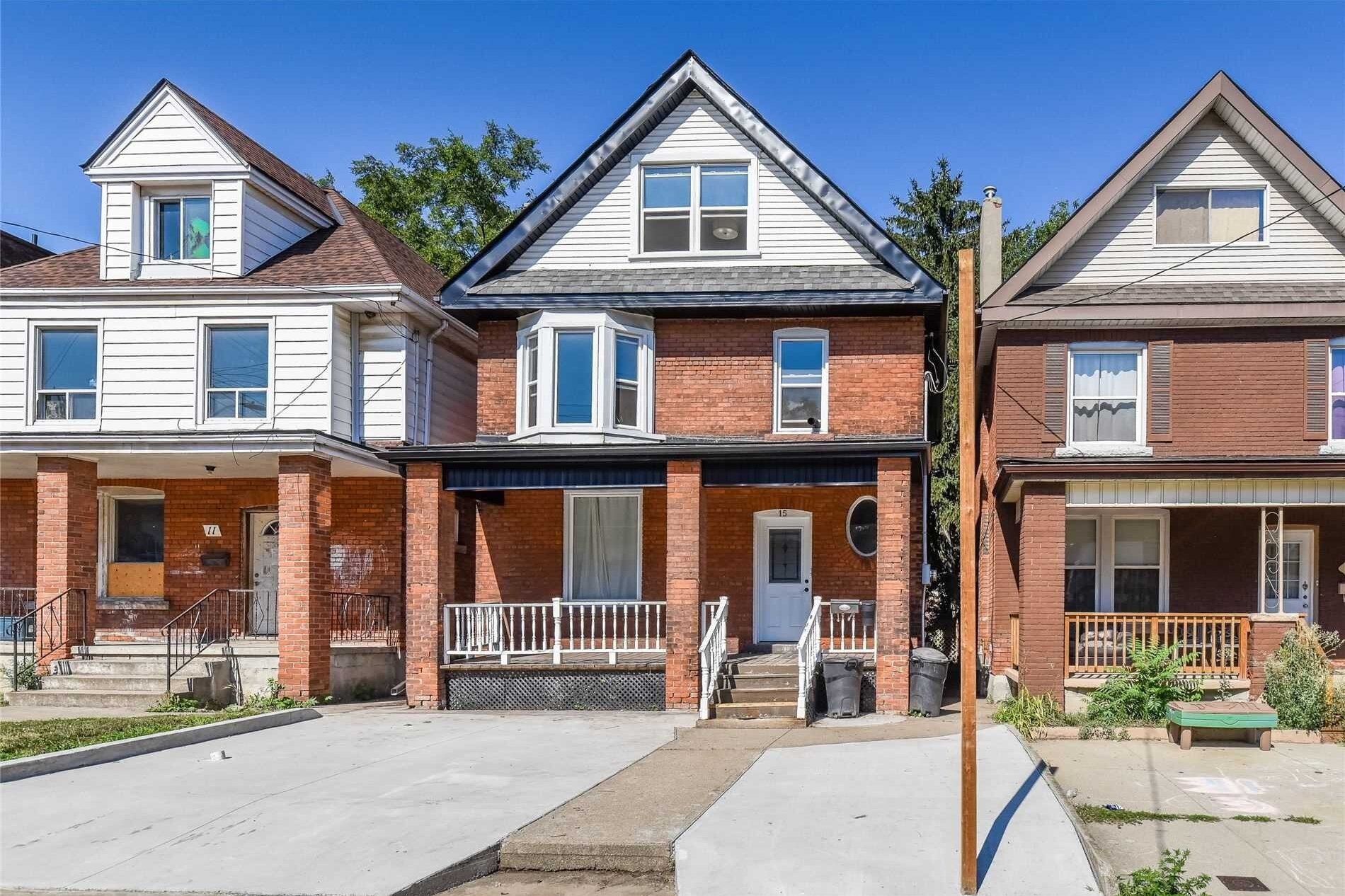 Townhouse for sale at 15 Holton Ave N Hamilton Ontario - MLS: X4970588