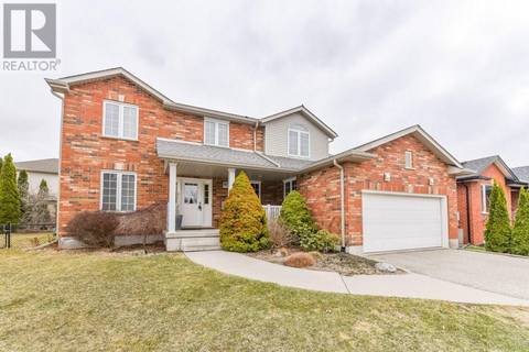 House for sale at 15 Janet Ct Kitchener Ontario - MLS: 30735148
