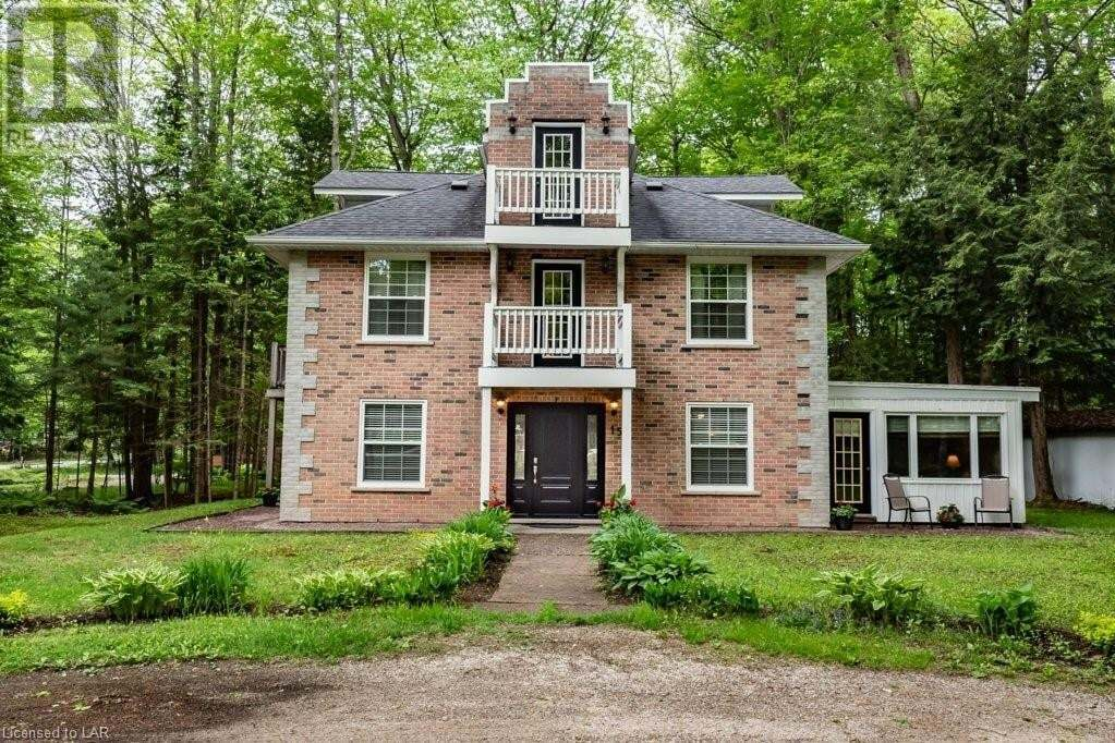 House for sale at 15 Kevin Cres Bracebridge Ontario - MLS: 261573