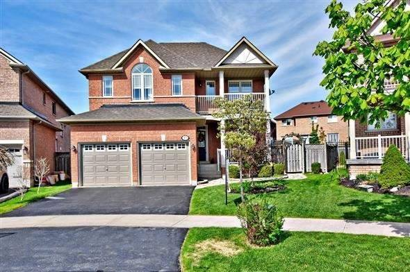 Sold: 15 Lacona Crescent, Richmond Hill, ON