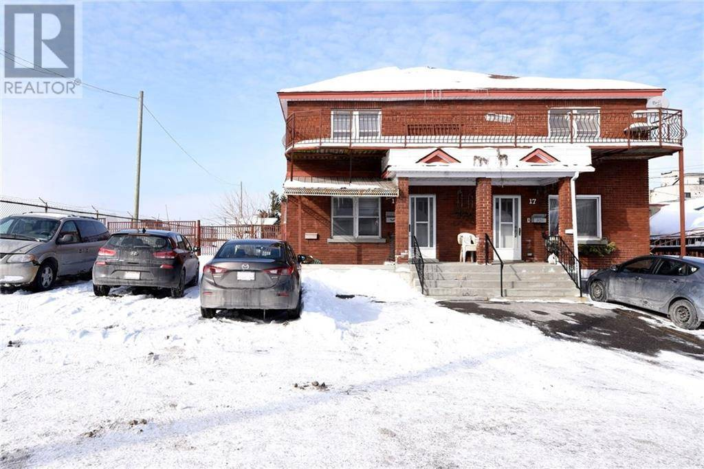 Home for sale at 15 Larch St Ottawa Ontario - MLS: 1184284