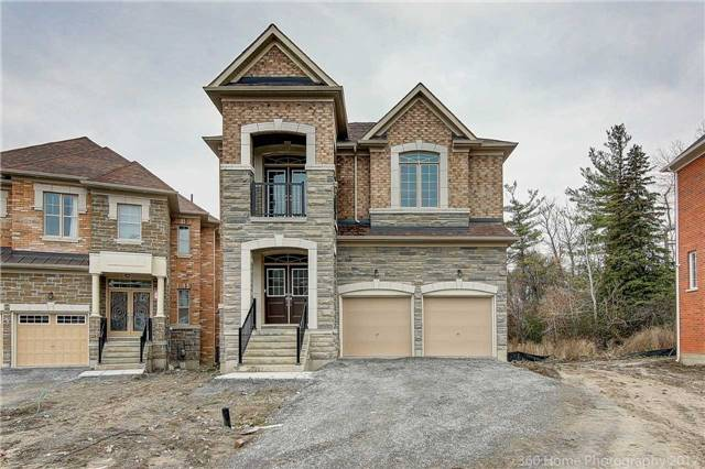 For Sale: 15 Leary Crescent, Richmond Hill, ON | 4 Bed, 4 Bath House for $1,699,000. See 9 photos!