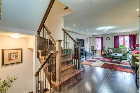 Townhouse for sale at 15 Magpie Wy Whitby Ontario - MLS: E4424342