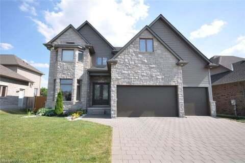 House for sale at 15 Maplewood Ln Ilderton Ontario - MLS: 271862