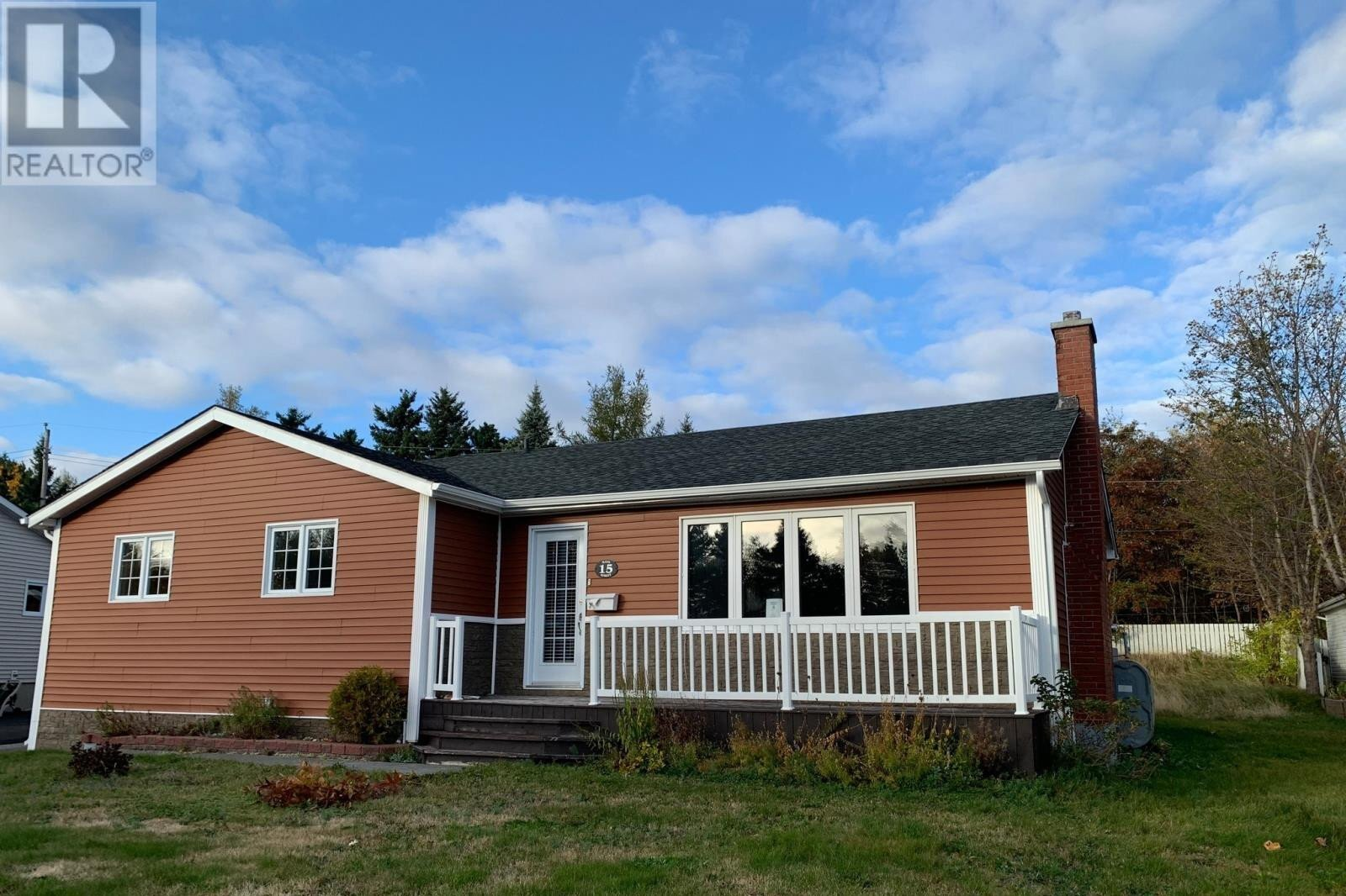 House for sale at 15 Mayo St Grand Falls-windsor Newfoundland - MLS: 1222812