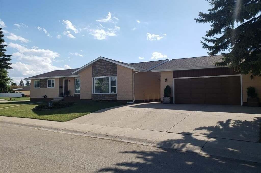House for sale at 15 Mcburney Dr Yorkton Saskatchewan - MLS: SK810652