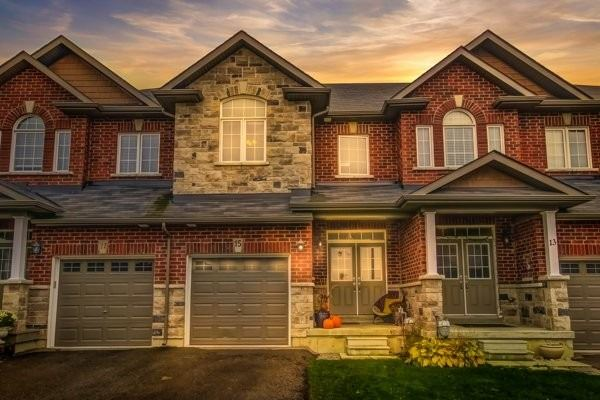 For Sale: 15 Michael Cummings Court South, Uxbridge, ON | 3 Bed, 4 Bath Townhouse for $699999.00. See 14 photos!