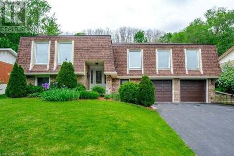 House for sale at 15 Montague Ct Peterborough Ontario - MLS: 266185
