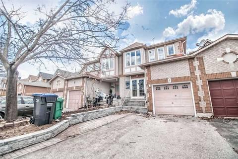Townhouse for sale at 15 Mullis Cres Brampton Ontario - MLS: W4407923