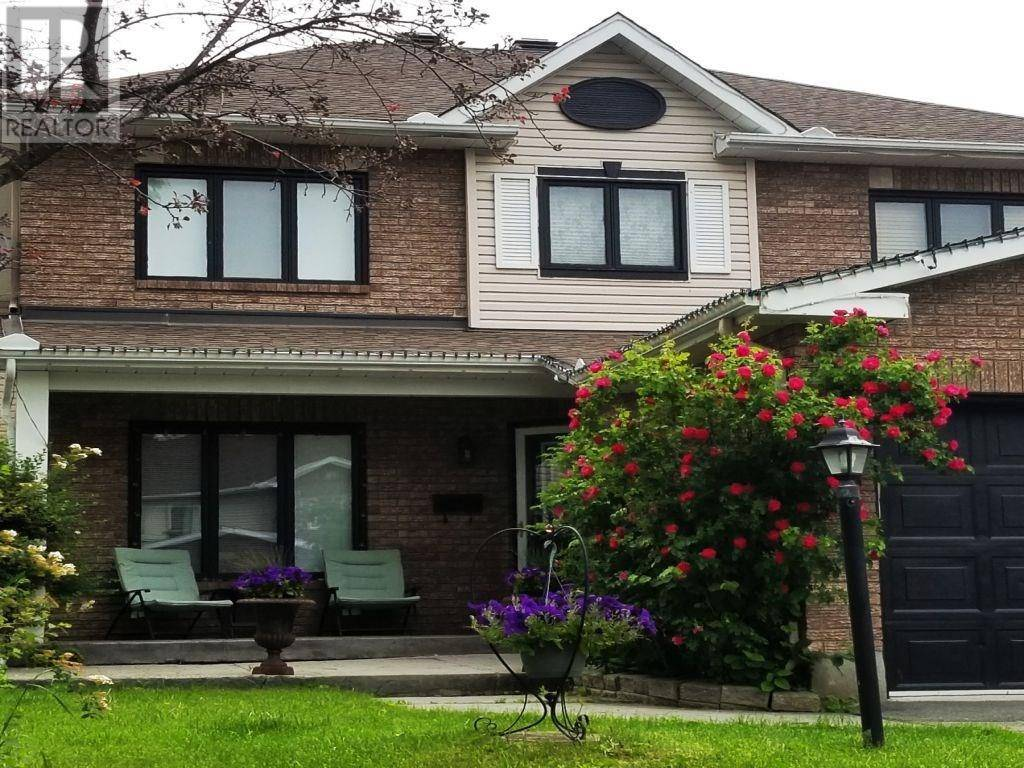 House for sale at 15 Newborough Cres Nepean Ontario - MLS: 1187412