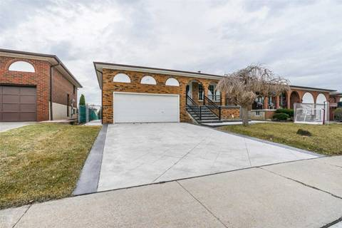 House for sale at 15 Oakhill Rd Vaughan Ontario - MLS: N4414291