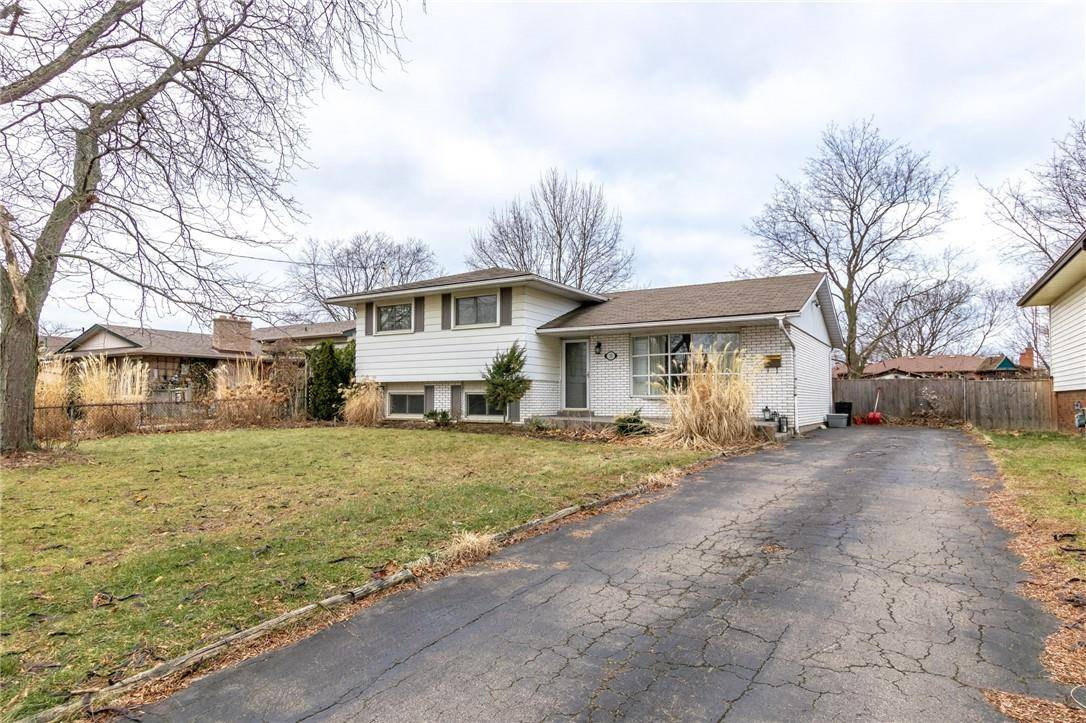 House for sale at 15 Old Oxford Rd St. Catharines Ontario - MLS: H4071944