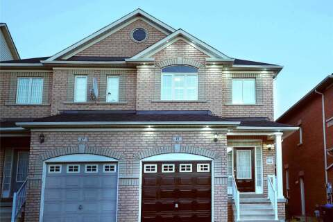 Townhouse for sale at 15 Palm Tree Rd Brampton Ontario - MLS: W4849849