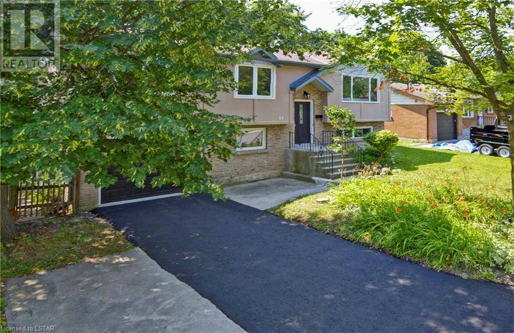 House for sale at 15 Paperbirch Cres London Ontario - MLS: 211857