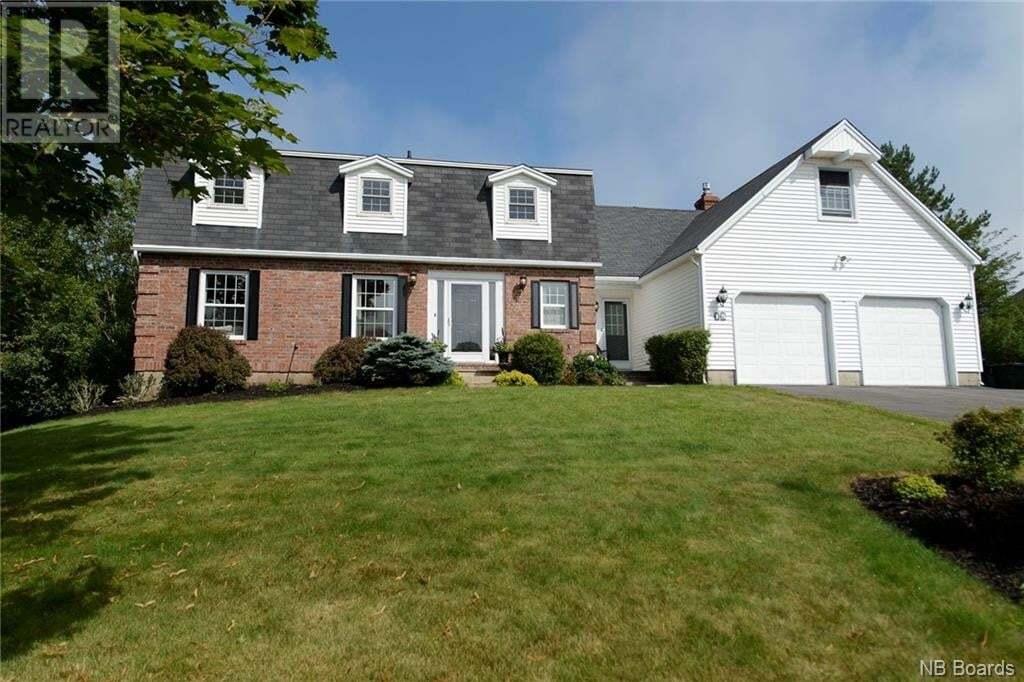 House for sale at 15 Park Lawn Ct Saint John New Brunswick - MLS: NB046694