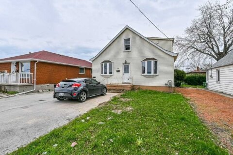 Townhouse for sale at 15 Parkdale Ave Hamilton Ontario - MLS: X5078139
