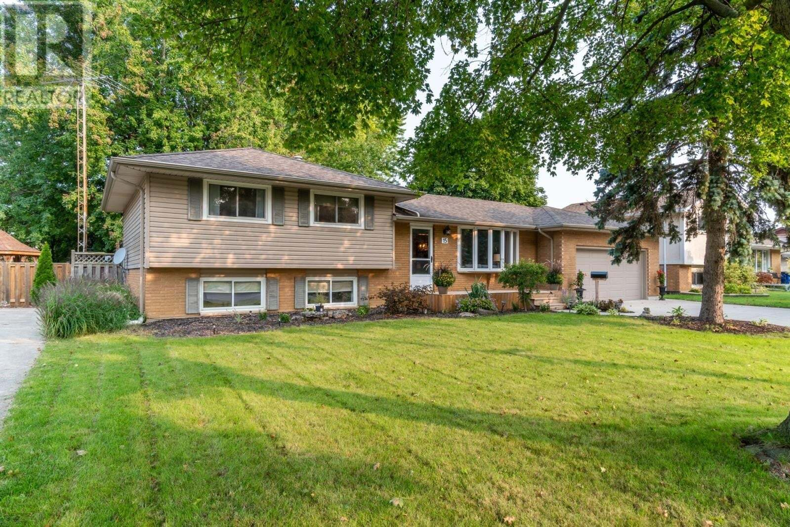 House for sale at 15 Parry Dr Chatham Ontario - MLS: 20012099