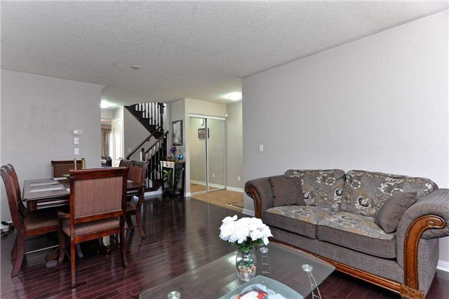 For Sale: 15 Redstart Drive, Cambridge, ON | 4 Bed, 3 Bath House for $569,000. See 16 photos!