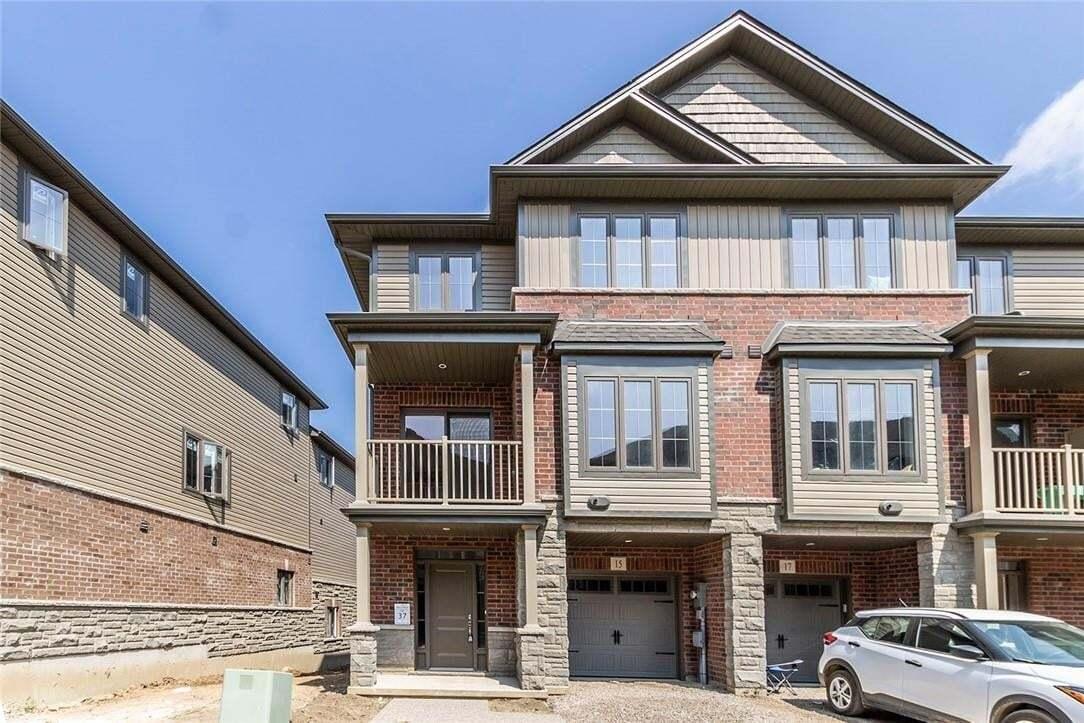 Townhouse for sale at 15 Ridgeside Ln Waterdown Ontario - MLS: H4083995
