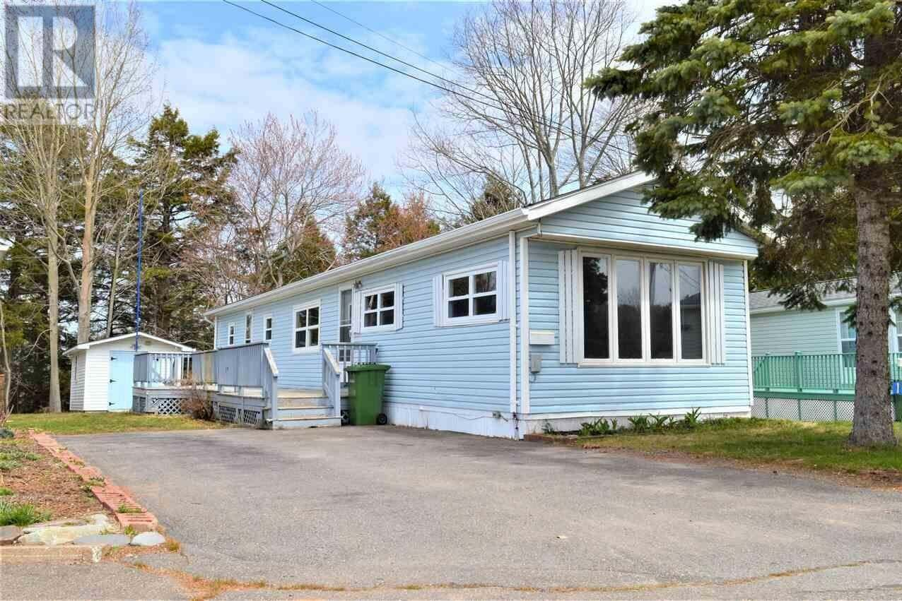 Residential property for sale at 15 Scotia Ave New Minas Nova Scotia - MLS: 202007162