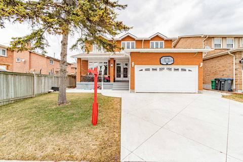 House for sale at 15 Seminole Dr Brampton Ontario - MLS: W4718546