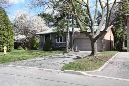 House for rent at 15 Whitelock Cres Toronto Ontario - MLS: C4471535