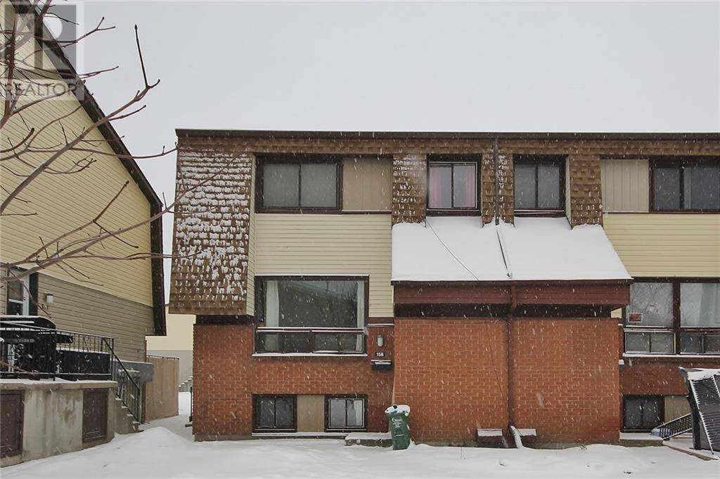 Townhouse for sale at 15 Woodvale Green Ottawa Ontario - MLS: 1178434