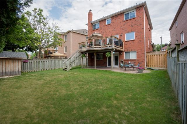 For Sale: 150 Bonny Meadows Drive, Aurora, ON | 4 Bed, 4 Bath House for $899,999. See 20 photos!