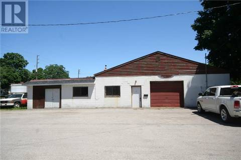 Commercial property for sale at 150 Chestnut St Brantford Ontario - MLS: 30670070