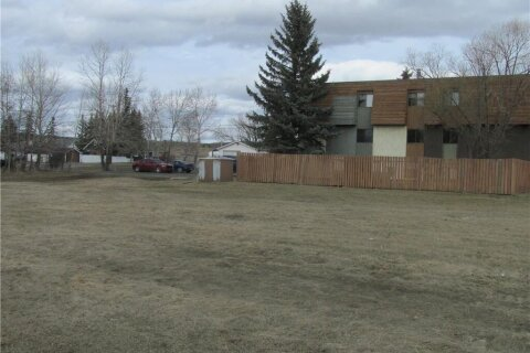 Residential property for sale at  150 Edward Ave Turner Valley Alberta - MLS: C4288031