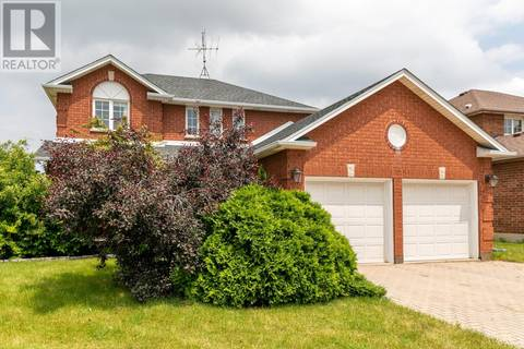 House for sale at 150 Eveleigh Cres Windsor Ontario - MLS: 19021233