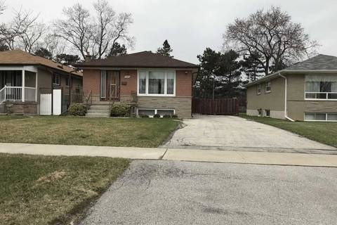 House for sale at 150 Kingsview Blvd Toronto Ontario - MLS: W4428445