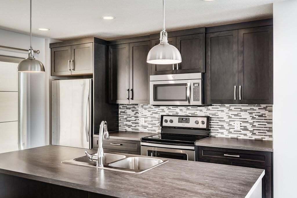 Townhouse for sale at 250 Fireside Vw Unit 1501 Fireside, Cochrane Alberta - MLS: C4300160