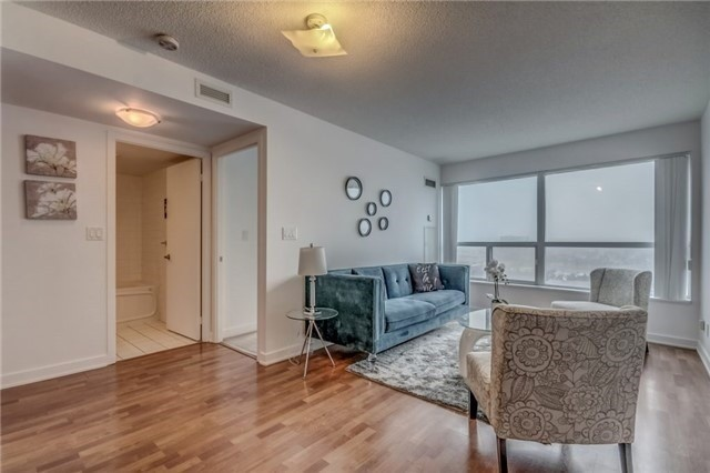Sold: 1501 - 36 Lee Centre Drive, Toronto, ON
