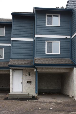 Buliding: 919 38 Street Northeast, Calgary, AB