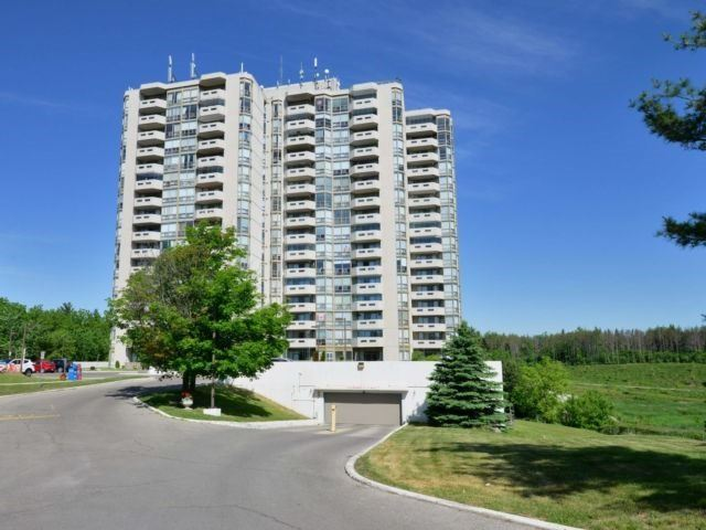 Buliding: 20 Mcfarlane Drive, Halton Hills, ON