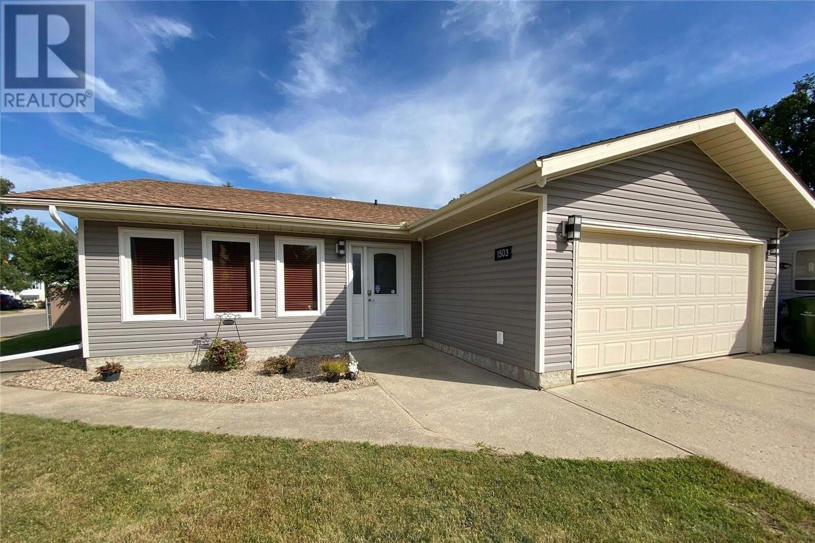House for sale at 1503 Bliss Cres Prince Albert Saskatchewan - MLS: SK822028