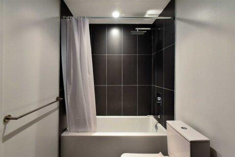 Apartment for rent at 70 Temperance St Unit 1504 Toronto Ontario - MLS: C4998680