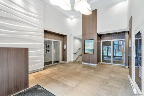 Condo for sale at 13303 Central Ave Unit 1506 Surrey British Columbia - MLS: R2527813