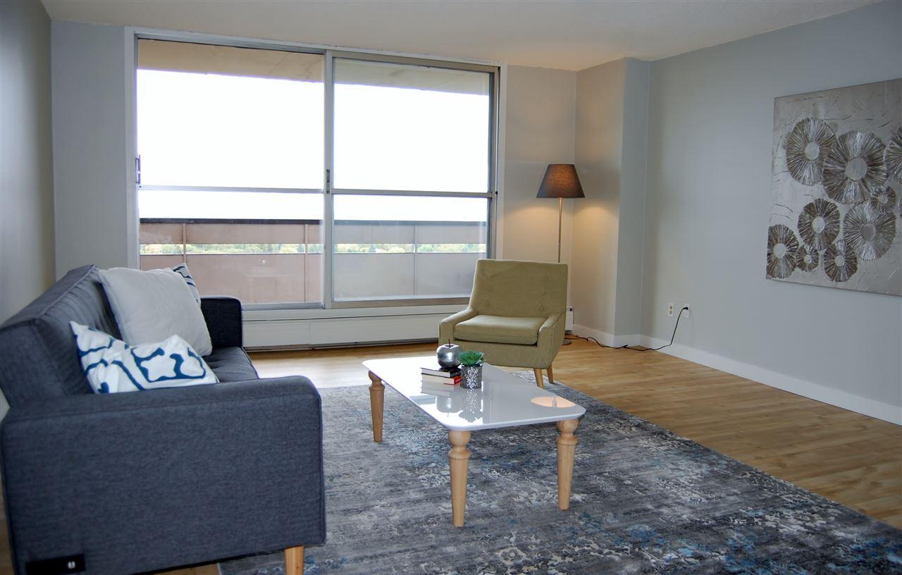 Buliding: 13910 Stony Plain Road, Edmonton, AB