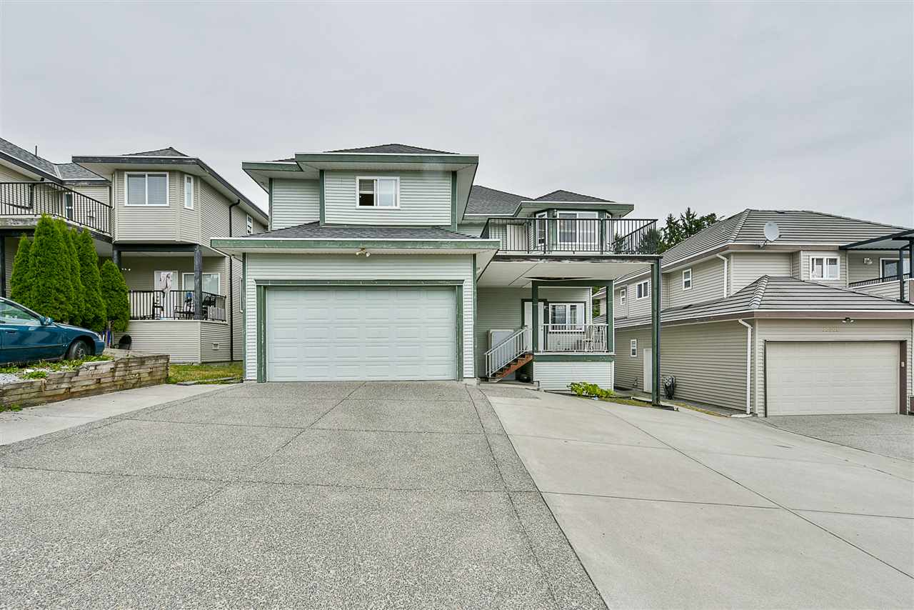 For Sale: 15068 72 Avenue, Surrey, BC | 7 Bed, 5 Bath House for $1,089,000. See 20 photos!